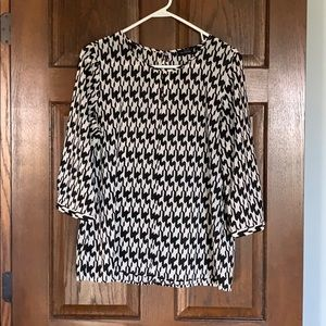 Limited Black Cream Graphic Blouse 3/4 sleeve L